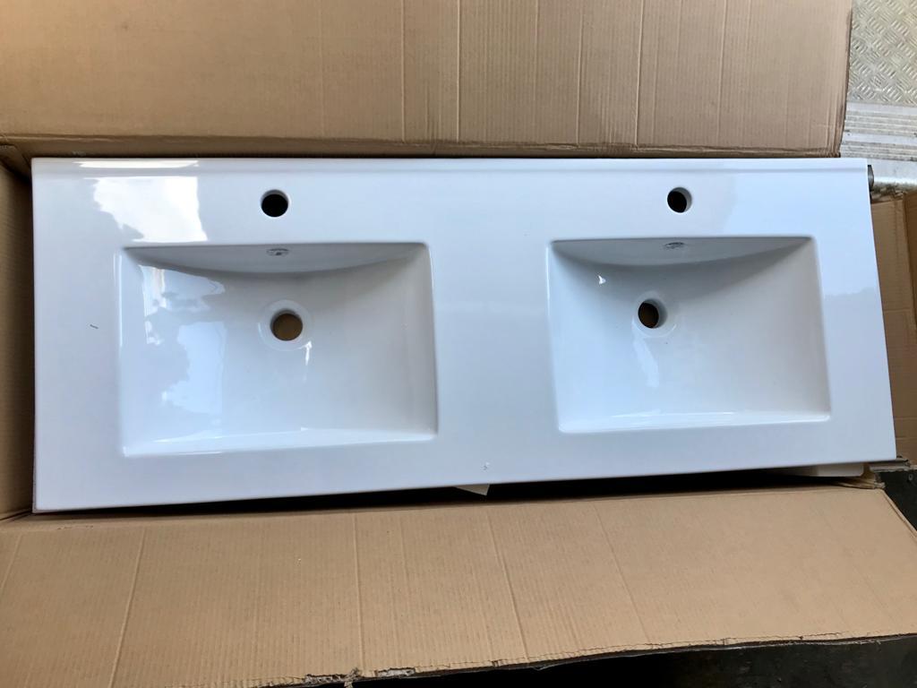 100 plans vasques neufs simples et doubles